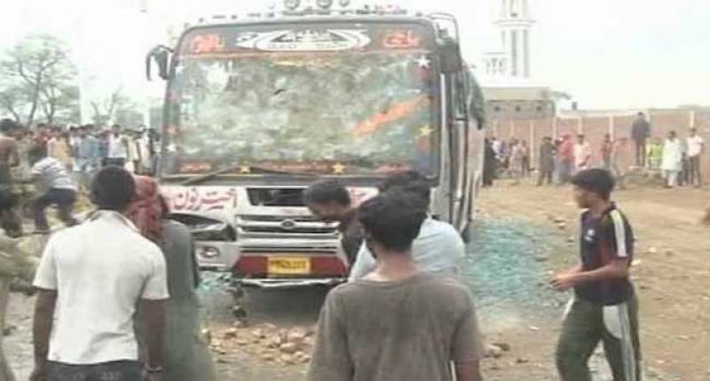 15 dead in Faisalabad road accident