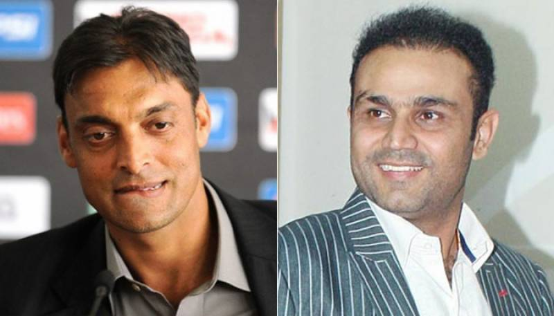 Virender Sehwag taunts Shoaib Akhtar after Pakistan's defeat against India in Azlan Shah Hockey Cup