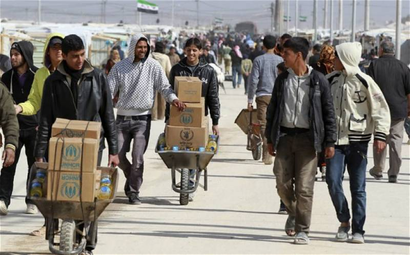 Syria: Aid for over 120,000 people arrives in besieged town near Homs