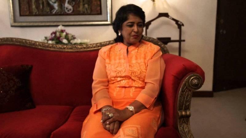 VIDEO: Mauritius President sings