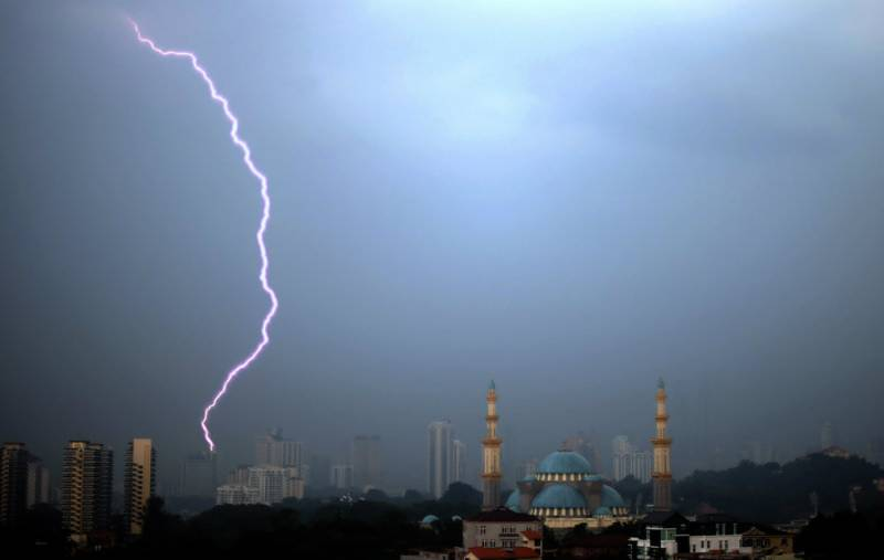 Over 50 killed by lightning strikes in Bangladesh