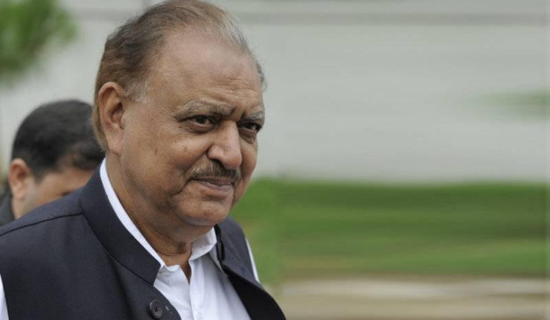 President Mamnoon Hussain breaks silence over Panama, blasts 'corrupt elite'