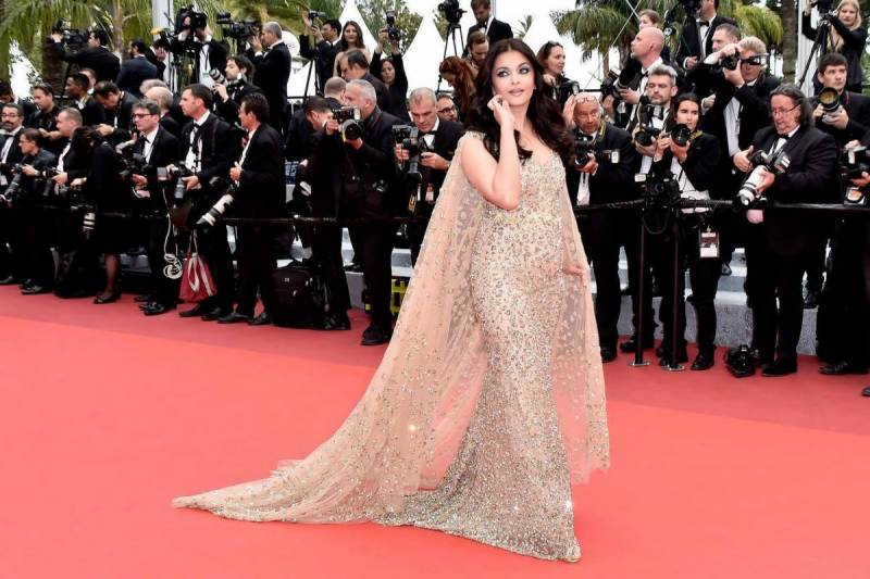 VIDEO: Aishwarya marks 15 years of walking Cannes red carpet