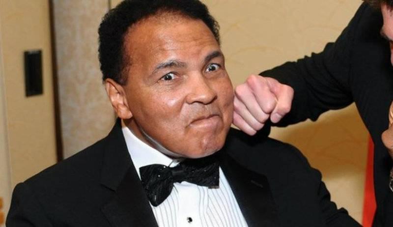 Boxing legend Muhammad Ali taken to hospital