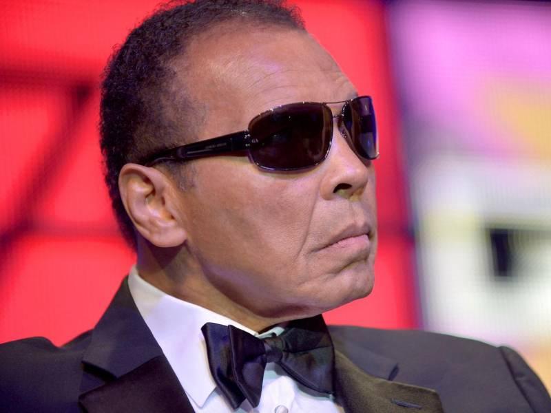 American media heaps praise on legendary Muhammad Ali