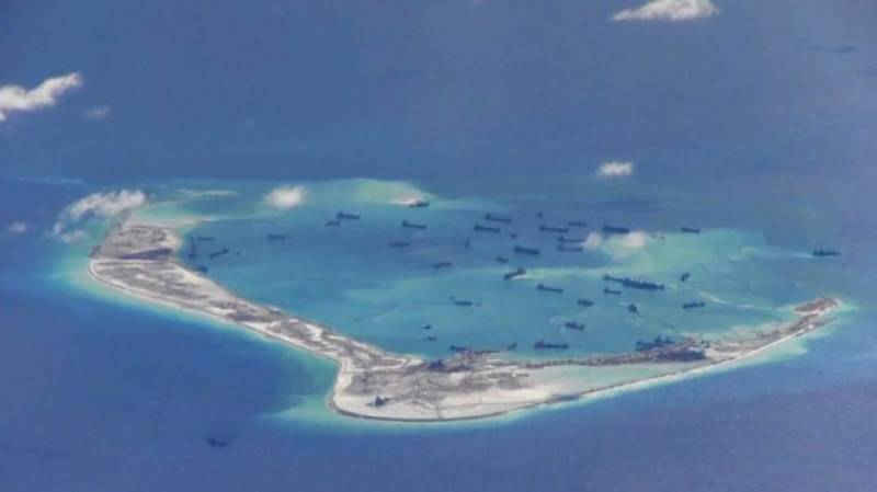 US issues a threat against China over South China Sea construction