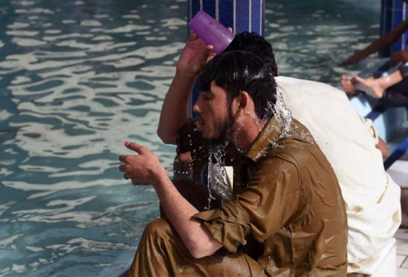 How to beat heat this burning hot Ramazan? Easy tips from experts