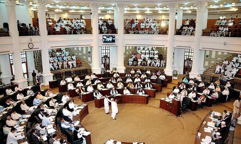 KP Budget 2016-17: 10pc increase in salaries, over 36,000 more jobs