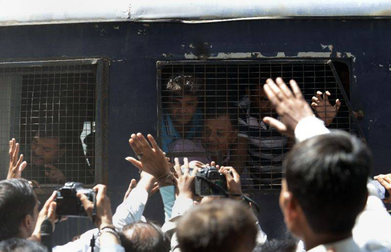 Indian court jails 11 for life over Gujarat massacre
