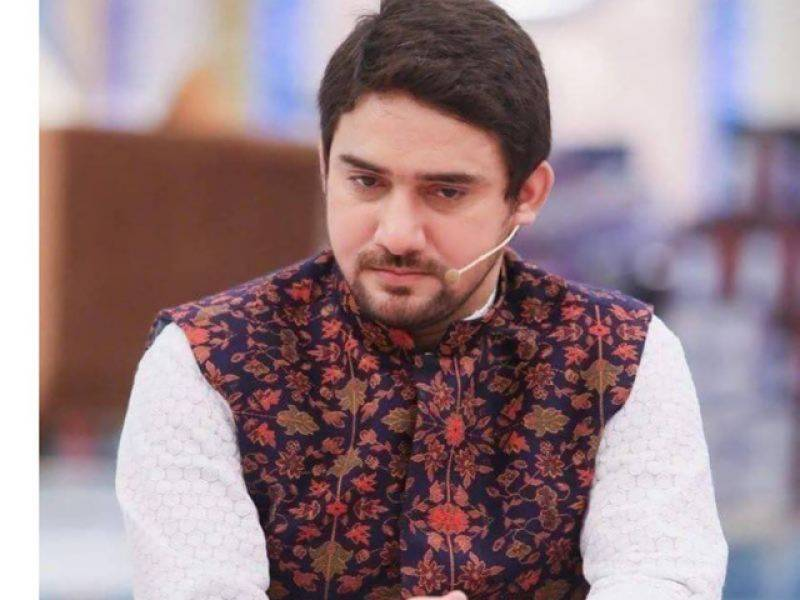 Farhan Waris who appeared with Amjad Sabri on TV nearly escapes with his life in targeted attack