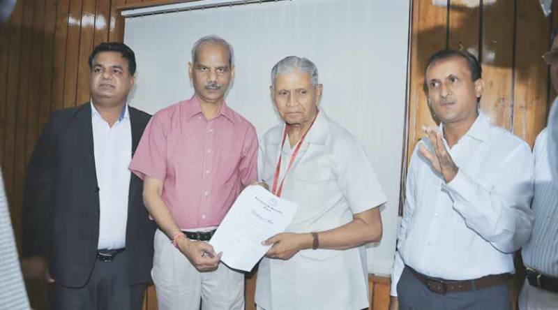 The retired Indian bureaucrat who waited 47 years for a gold medal on his law exam