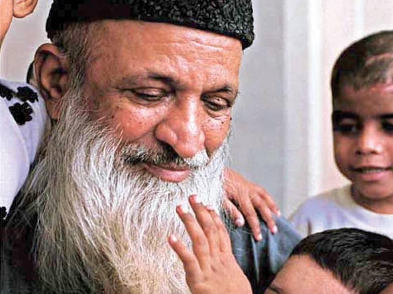 Nation mourns as Abdul Sattar Edhi passes away in Karachi