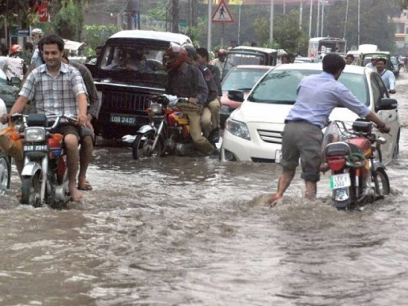 PDMA issues flood alert after heavy monsoon showers in South Western Balochistan