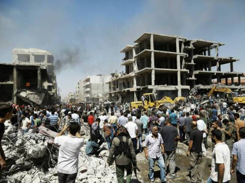 44 killed in massive bomb attack in Syria