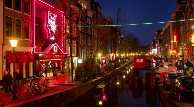 Dutch pensioners invest in Amsterdam's sex and drugs-laden red-light area
