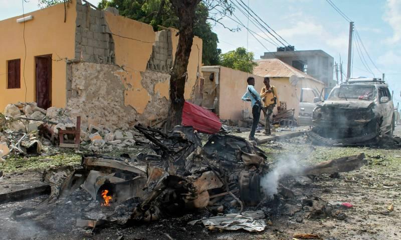 Suicide bomb rocks peacekeeping base in Somali capital, kills 13