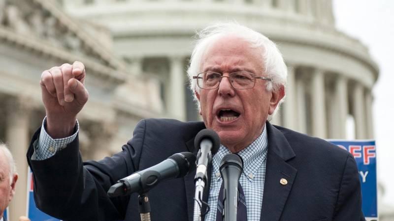 After DNC, Bernie Sanders deals Democrats big blow by announcing future plans