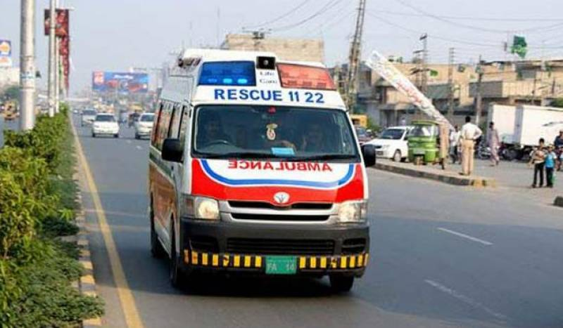 Father, son and daughter electrocuted in Lahore