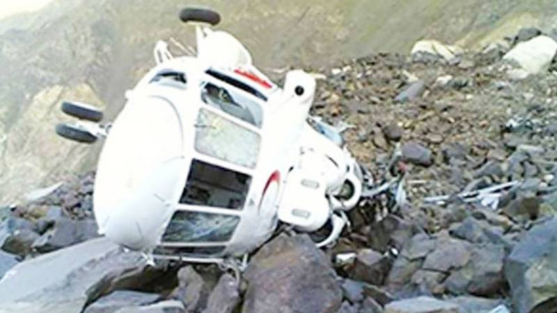 Efforts underway for safe return of helicopter crew: ISPR
