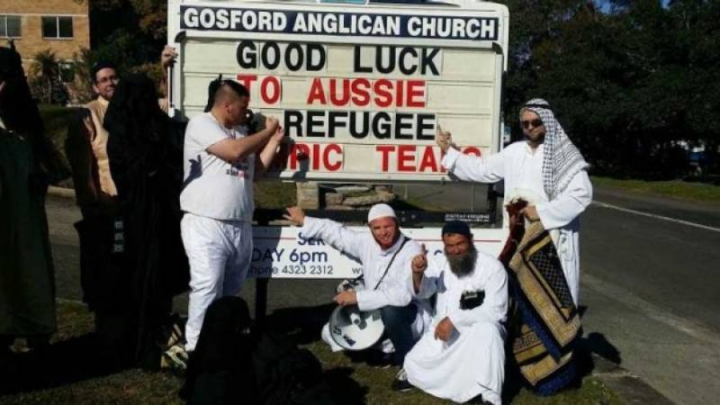 A new low for Aussie racists: Far right group enters church disguised as muslims, disrupts prayers