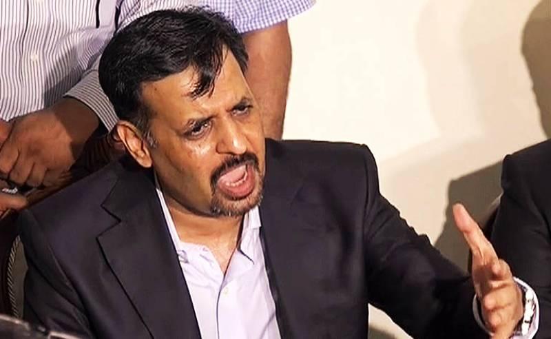 Former mayor Mustafa Kamal blasts Altaf Hussain after Karachi violence