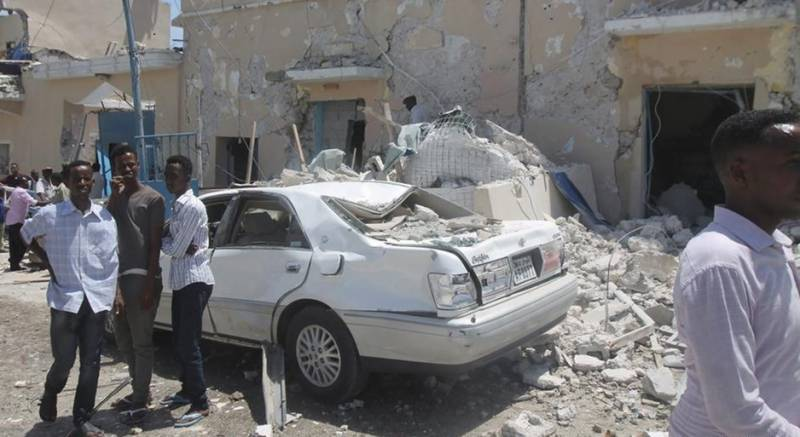 22 dead as suicide bomber hits Somalia Presidential compound