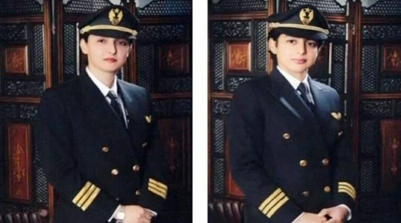 Two Pakistani sisters make history by flying Boeing-777