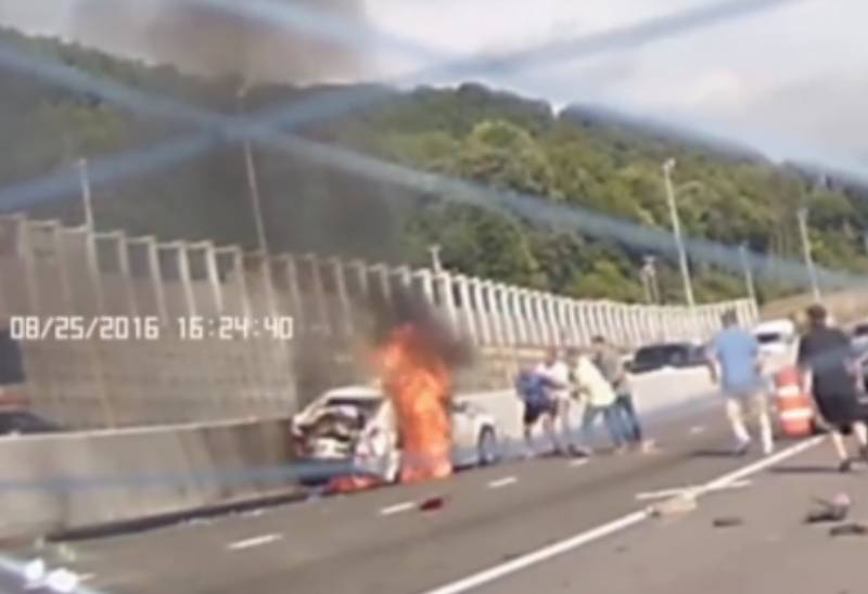 VIDEO: Woman pulled alive out of burning car after huge collison on New York road