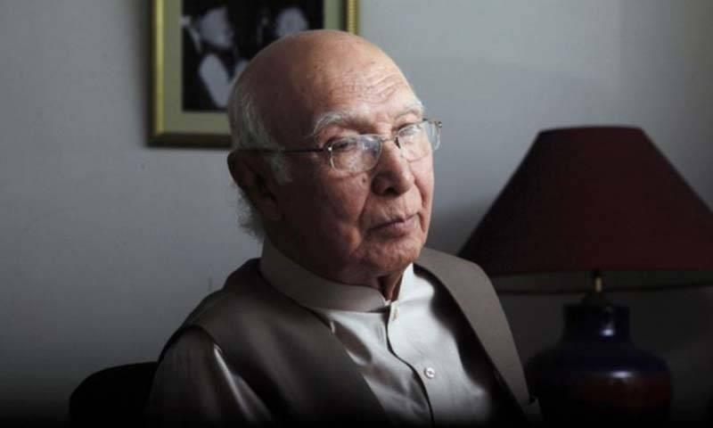 Sartaj Aziz says impression of Pakistan's global isolation mere propaganda