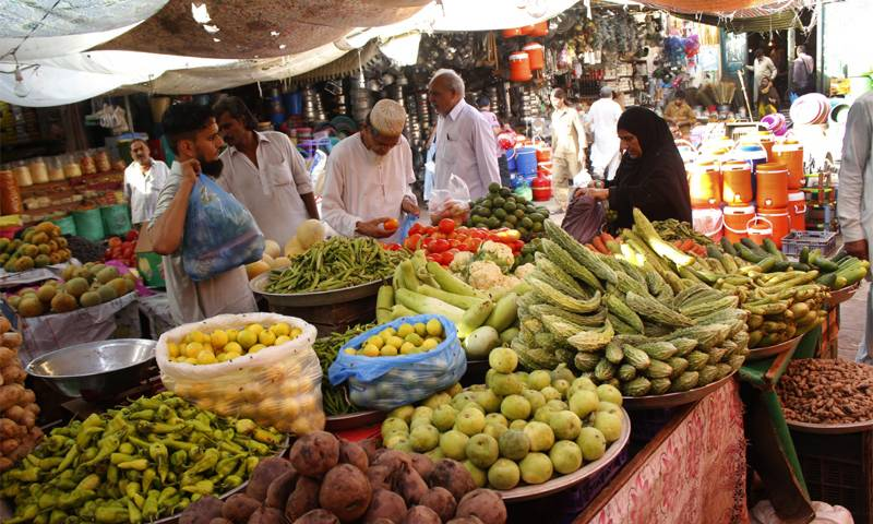 Monthly inflation decreases by 0.30 % in August