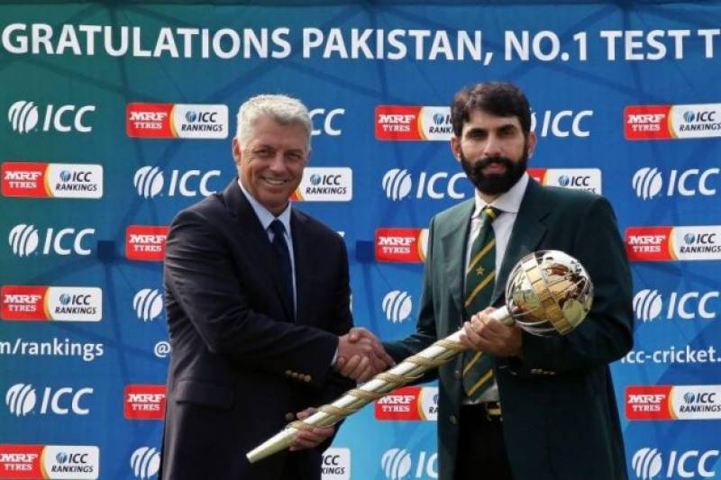 Misbah becomes first Pakistani skipper to receive ICC Test mace