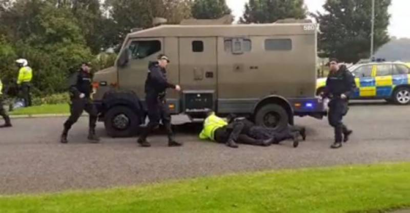 Are UK's nukes safe? Convoy carrying nuclear bomb meets a serious road accident in Glasgow