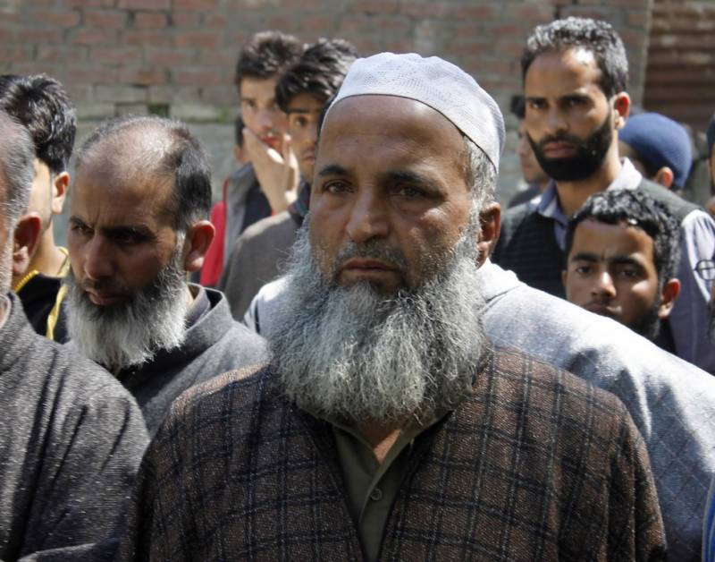 Burhan Wani's father hails PM Nawaz for addressing Kashmir issue at UN