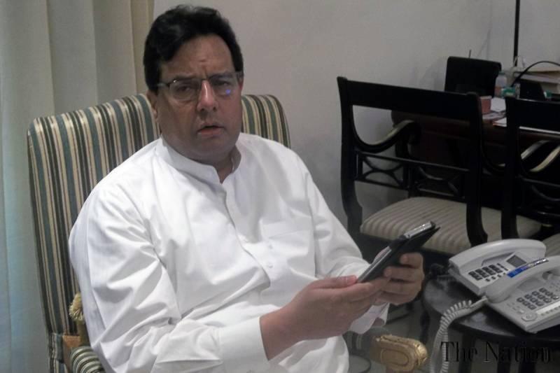 Discuss something other than Panama leaks, Capt Safdar advises media
