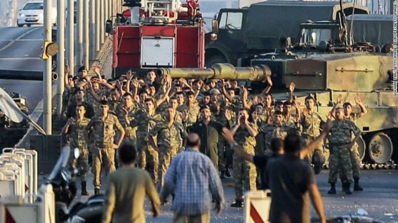 Turkey dismisses 87 intelligence agency personnel over Gulen movement links
