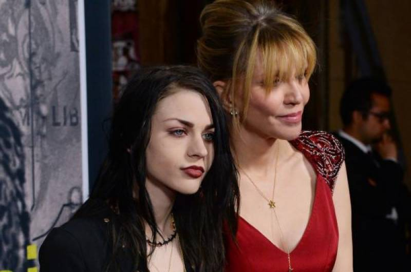 Frances Bean Cobain to pay $12,000 per month for spousal support