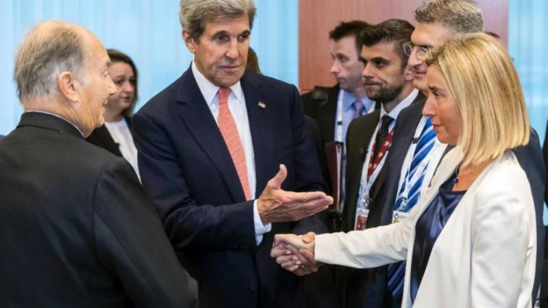 Kerry again offers peace deal to Afghan Taliban