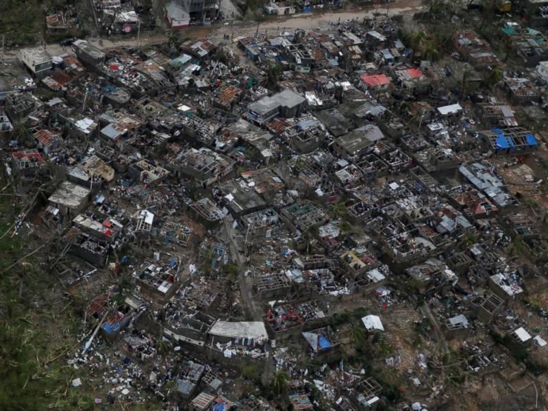 More than 830 dead from Hurricane Matthew in Haiti