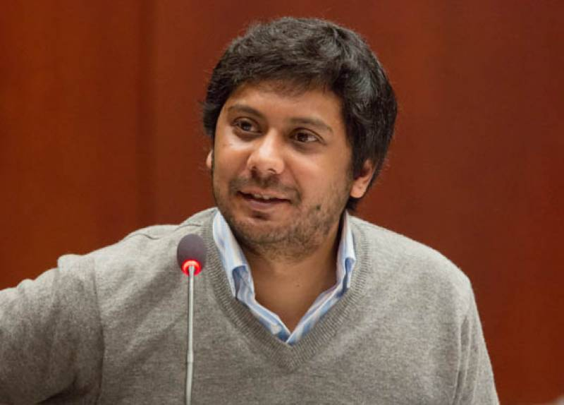Dawn's senior columnist Cyril Almeida put on Exit Control List for 'misleading' story on national security