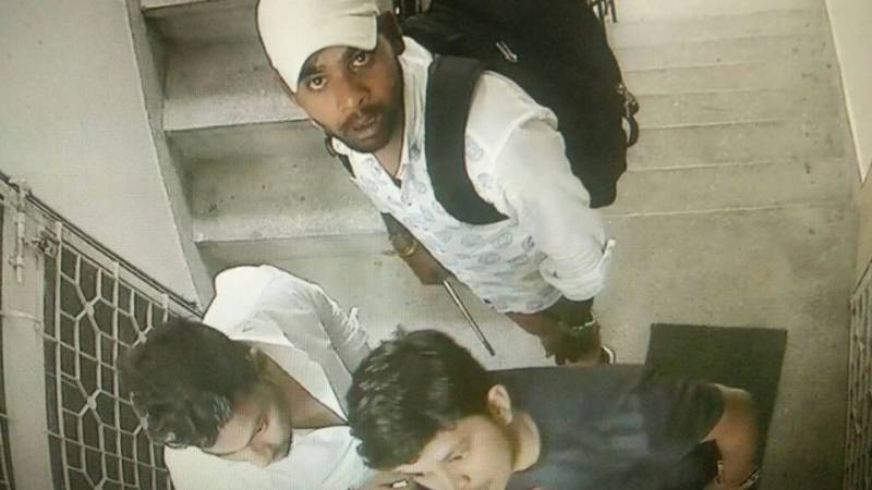 Have you seen these robbers? A dangerous new way of robbing homes in Karachi terrorizes citzens