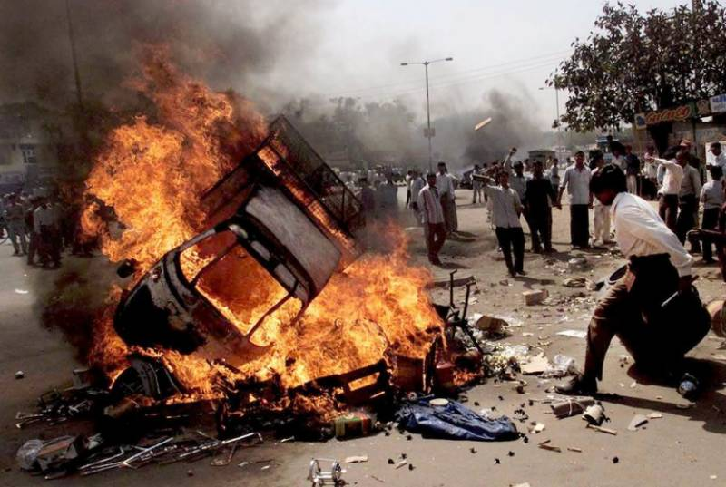 India acquits 14 men previously sentenced for massacre of Muslims in Gujrat