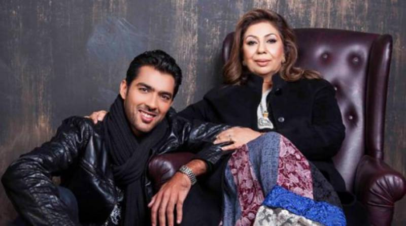Aisam-ul-Haq's mother robbed on gun-point in Lahore
