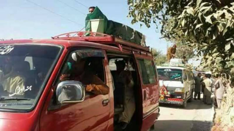 Bodies of Quetta martyrs sent home on top of private wagons