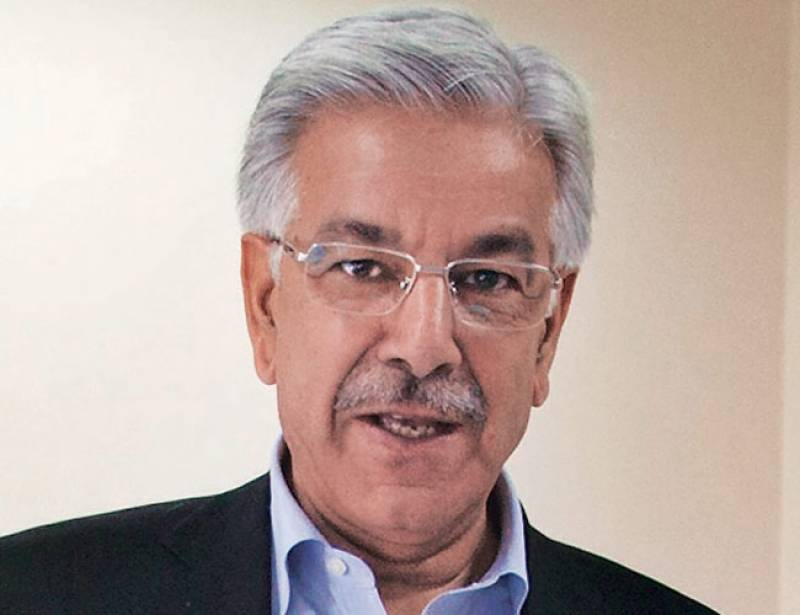Khawaja Asif returns in Bollywood style