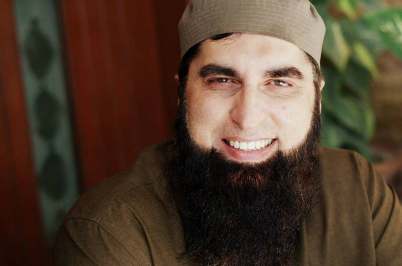 Junaid Jamshed dies in PIA plane crash near Havelian