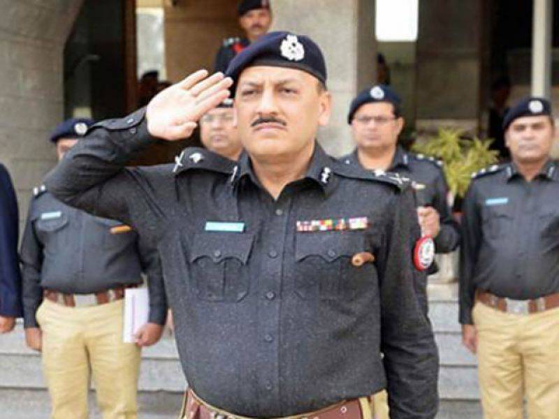 Who was the pop singer who moved High Court to reinstate IG Sindh?