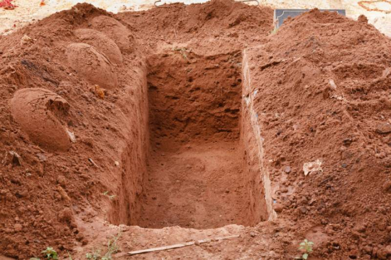 Corpse of female infant goes mysteriously missing from Lahore graveyard