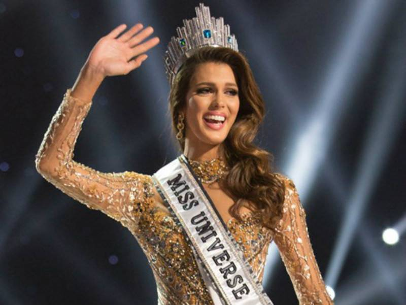 Miss France Iris Mittenaere crowned Miss Universe 2017 - Watch Video & Pics