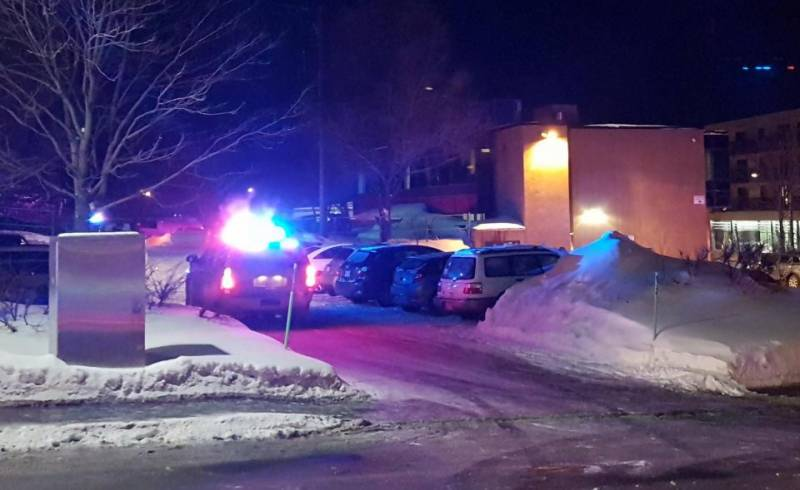 Terrorist attack on a mosque in Canada, six killed, shooters on the loose