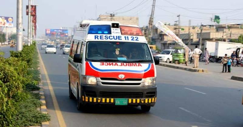 10 dead, 11 injured as school van rams into truck in Layyah